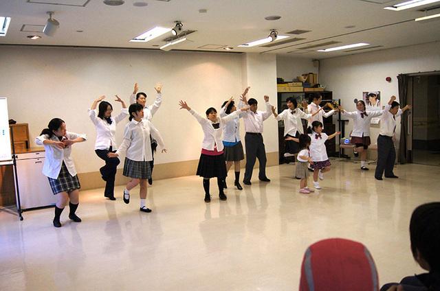 20131116みんなでダンス02